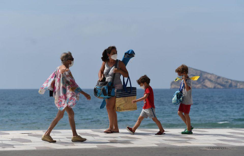 Benidorm Open Its Beaches With Regulations