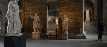 ITALY-ART-SCULPTURE-BERLUSCONI-VENUS-MARS