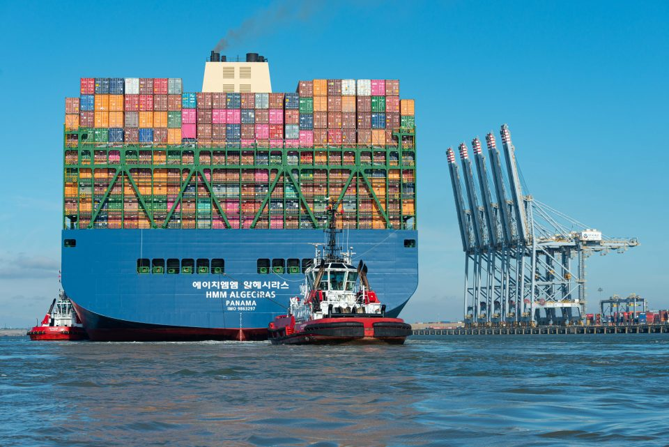 World S Largest Container Ship Docks On The Thames Cityam Cityam,United Airlines Ticket Change Fee