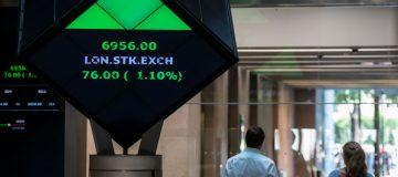 Singapore watchdog raises concerns over LSE's $27bn Refinitiv deal