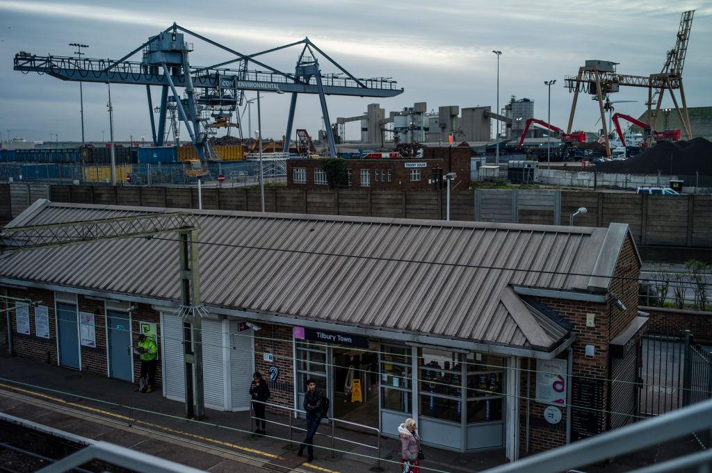'Major incident' Tilbury Port as grain silos damaged in explosion