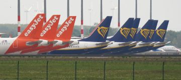 Neither Ryanair or Easyjet will cut their number of flights to Spain despite the government reimposing mandatory quarantine measures on people travelling from the country