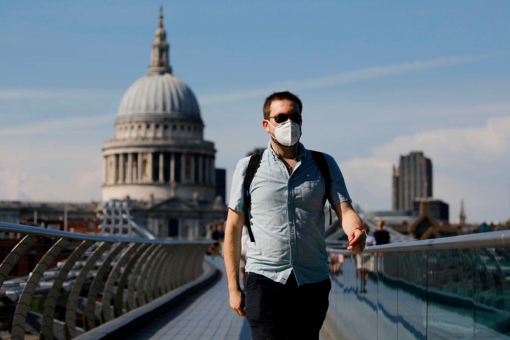 BRITAIN-WEATHER-HEALTH-VIRUS