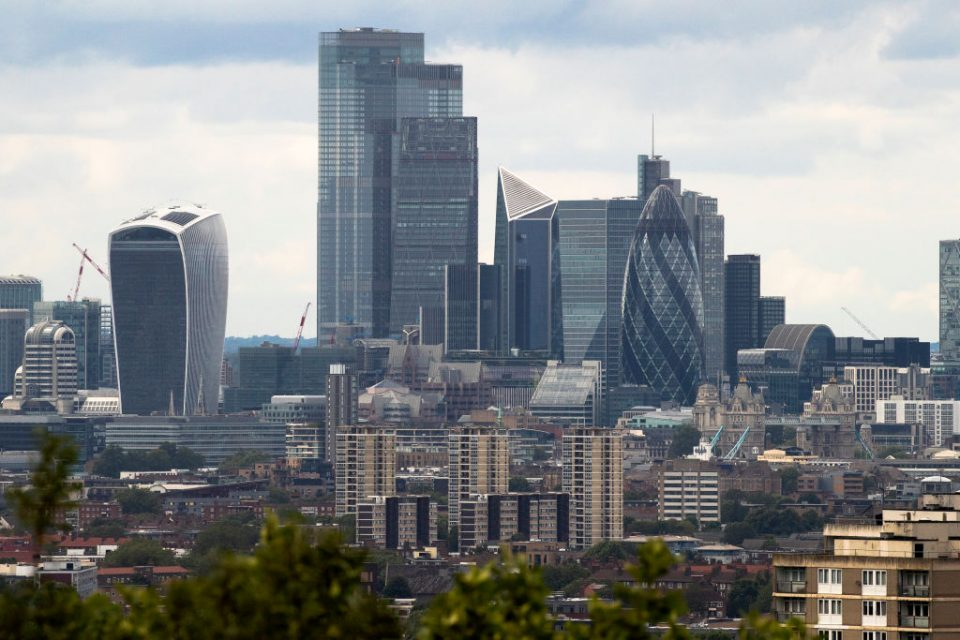 Commercial rents in London are widely expected to fall across the board in the next three months, a new survey from RICS has shown,