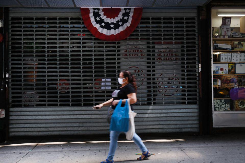 US economy: Demand hit by new coronavirus lockdowns