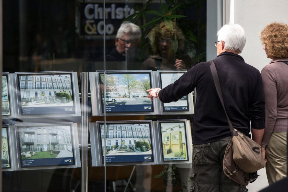 UK house prices grew at an annual rate of 6.5 per cent in November, the fastest rate since January 2015, as the sector batted off the second national lockdown.