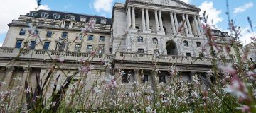 Bank of England could extend suspension of bank dividends