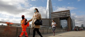 Almost half UK finance workers want to change job despite pandemic