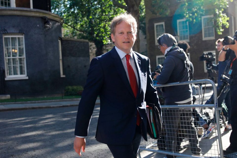 BRITAIN-POLITICS-HEALTHTransport secretary Grant Shapps has said that ministers had no choice but to remove France from the list of countries exempt from quarantine rules after a spike in coronavirus cases.