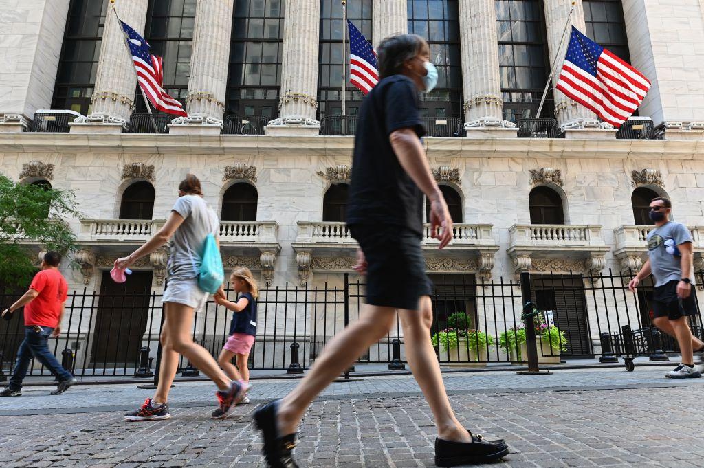 Markets live: Wall Street bull run resumes as FTSE 100 pushes higher - CityAM