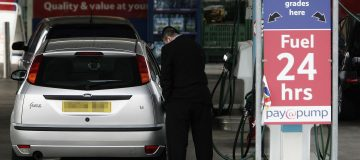 Fuel prices rise for second consecutive month as oil price steadies