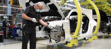 Eurozone industrial production grows as recovery continues