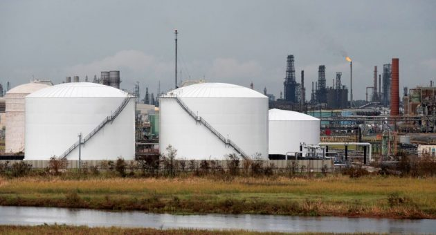 Oil prices falter for second successive week as stockpiles rise