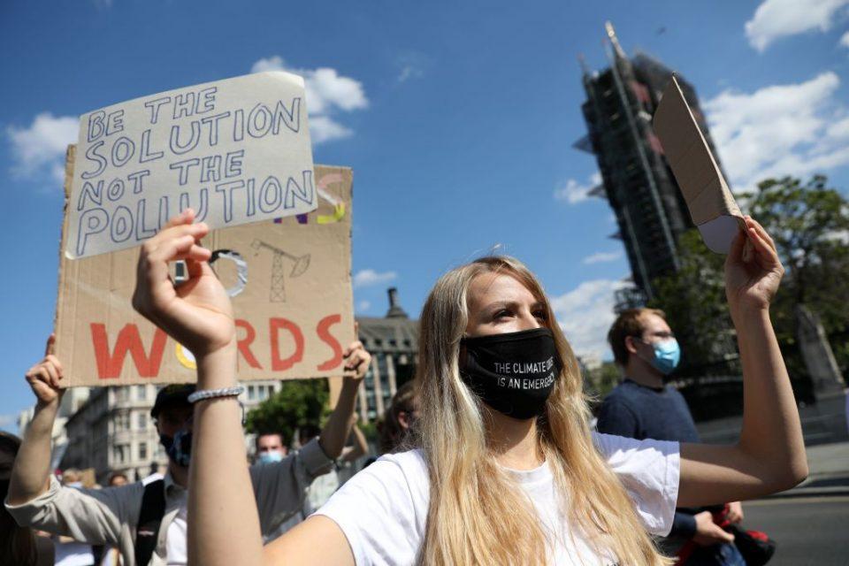 BRITAIN-CLIMATE-PROTEST-POLITICS