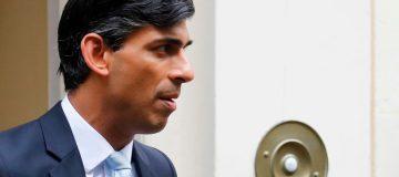 Rishi Sunak considers slashing welfare and public sector pay