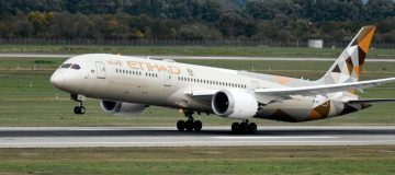 Etihad slashes losses in first half but still $400m in red thumbnail