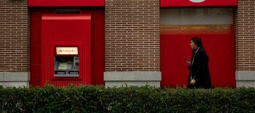 Santander-Bank-Closing-branches