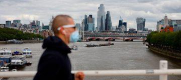 FTSE 100 slips again as coronavirus worries hit markets