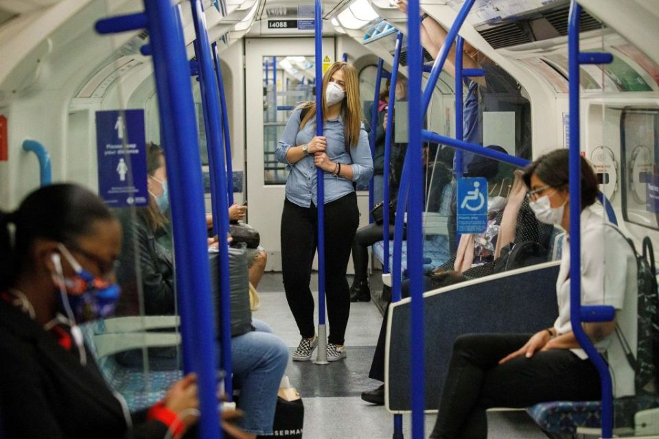 City workers are ignoring the government's advice to work from home, new data from Transport for London showed today.