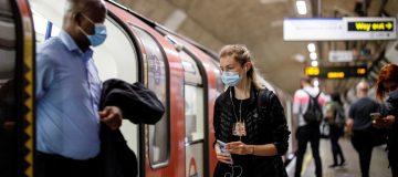 BRITAIN-HEALTH-VIRUS-TRANSPORT-TRAVEL