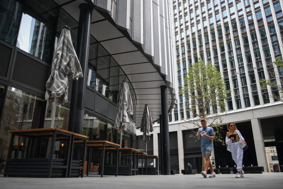 UK-BUSINESS-INTERUPTION-INSURANCE-COURTS