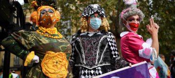 BRITAIN-HEALTH-VIRUS-CULTURE-ENTERTAINMENT-PROTEST
