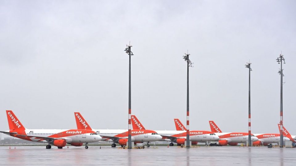 Easyjet today agreed to sell nine more planes for £305.7m as the low-cost carrier seeks to relieve pressure on its balance sheet.