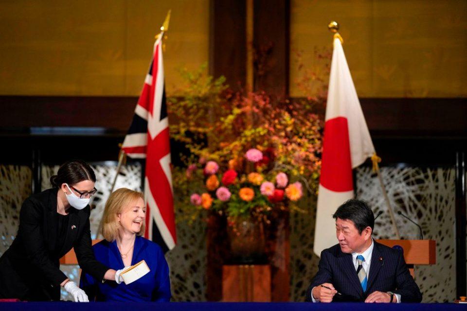 JAPAN-BRITAIN-DIPLOMACY-TRADE