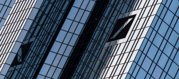 Deutsche Bank 'in talks to sell IT unit' as cost-cutting continues