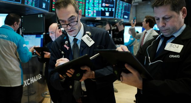 US stocks tumble and oil drops after disastrous FTSE 100 day