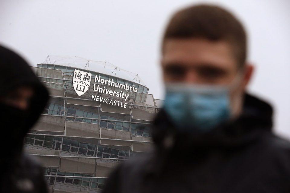 BRITAIN-HEALTH-VIRUS-UNIVERSITY