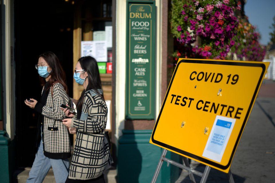 BRITAIN-HEALTH-VIRUS-TESTING