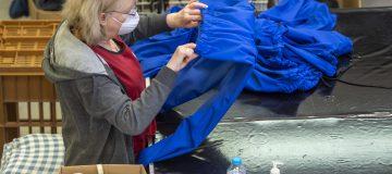 UK manufacturing orders drop as near-term outlook darkens