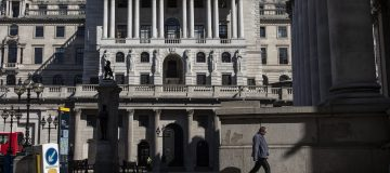 Bank of England to 'look into' suspected leak of stimulus decision