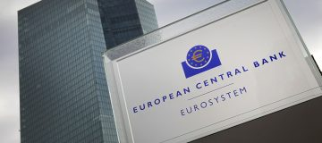 Brexit: ECB says UK banks must move staff to Europe despite Covid