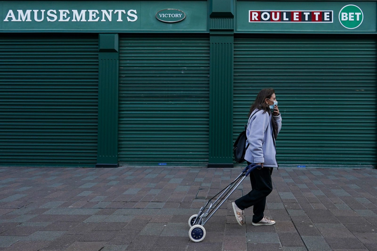 UK borrowing to soar to record £394bn