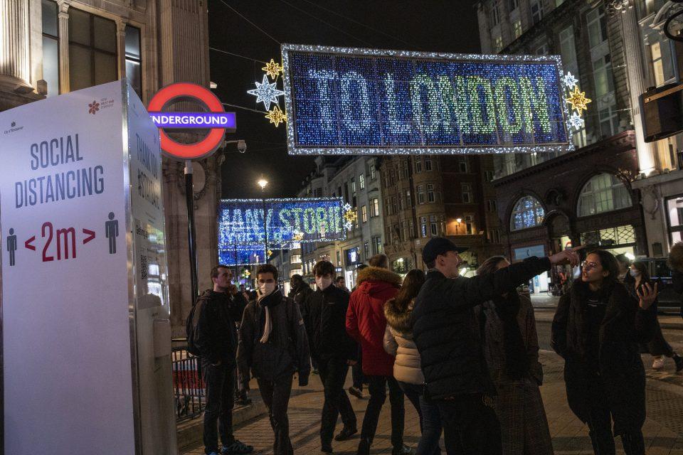LONDON-VIRUS-RESTRICTIONS-TIER