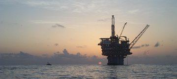 Oil Appraoches $50 Per Barrel
