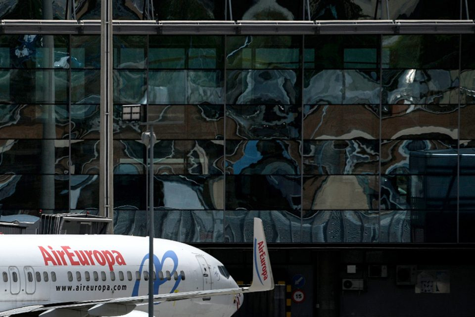 British Airways owner IAG has slashed the price of its purchase of Air Europa in half, the airlines group announced this morning.