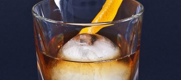 An Old Fashioned mixed by th International Bartenders Association