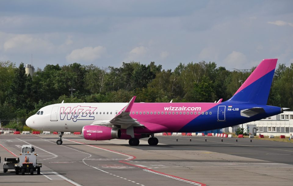Wizz Air today said that it had sold €500m in three-year bonds at an interest rate of 1.35 per cent.