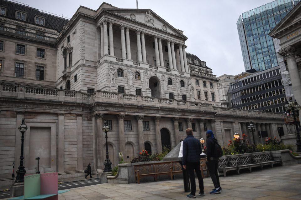 UK Banks OK to restart dividend payments, PRA says