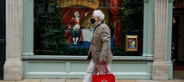 UK businesses return to growth in December after lockdowns