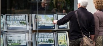 UK house prices end year on high with £62bn more deals than 2019