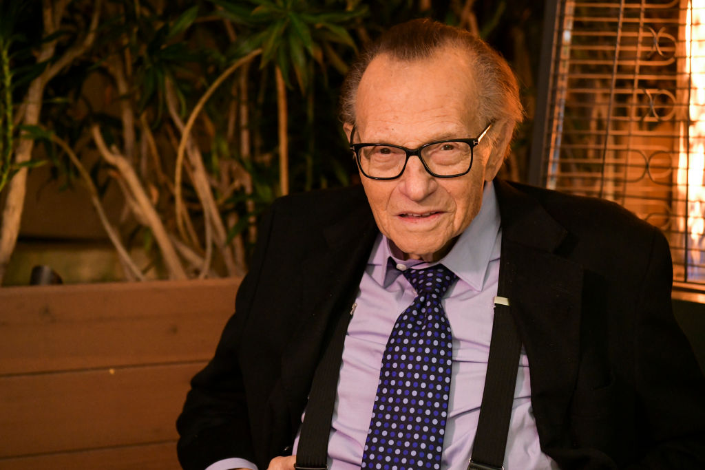 Larry King: US talk show host dies after testing positive for Covid-19