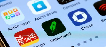 Trading Platform Robinhood Fined 65 Million By Securities And Exchange Commission
