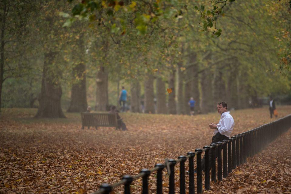 autumn social distancing