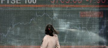 FTSE Continues To Fall Amid Growing Concerns Over Recession