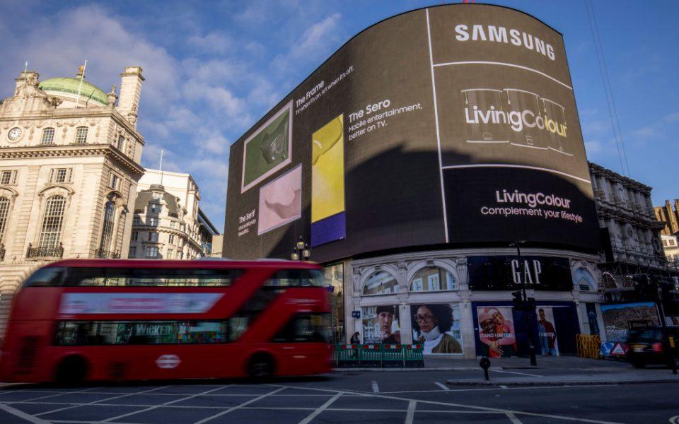 Samsung Launches LivingColour Paint Range To Compliment Lifestyle TV's