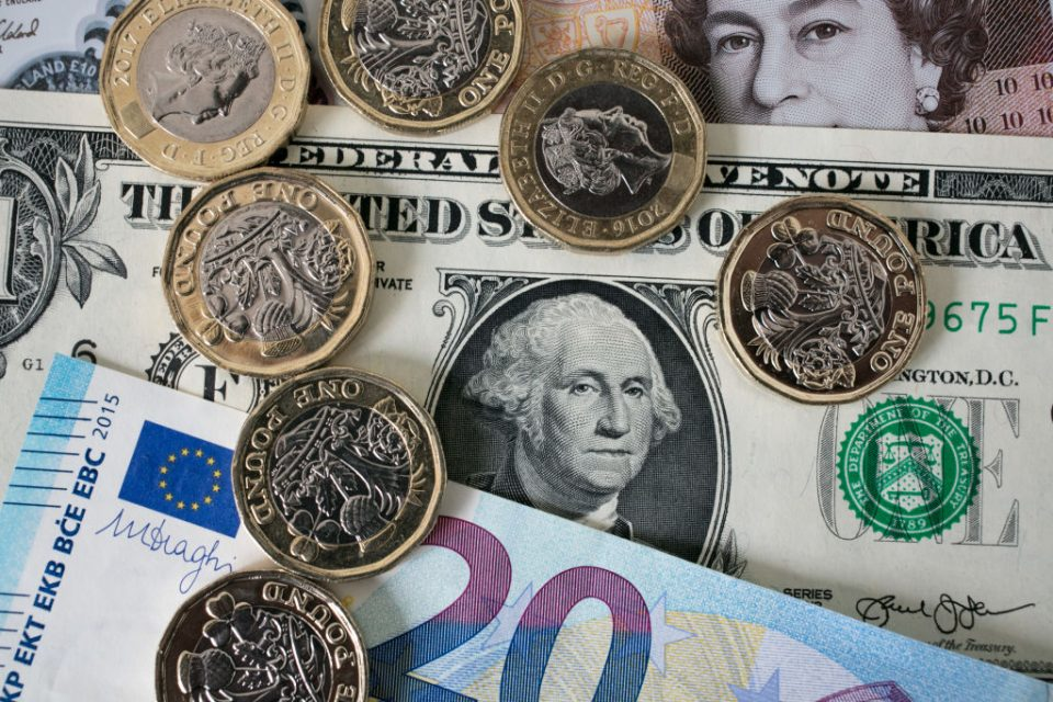 POUND-STERLIN-CURRENCY-EURO